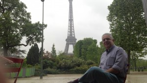 DESCANSO EN PARIS...